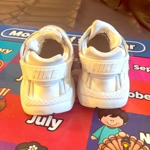 4d4d265b7ac2c Other - Nike toddler sneaker size 9